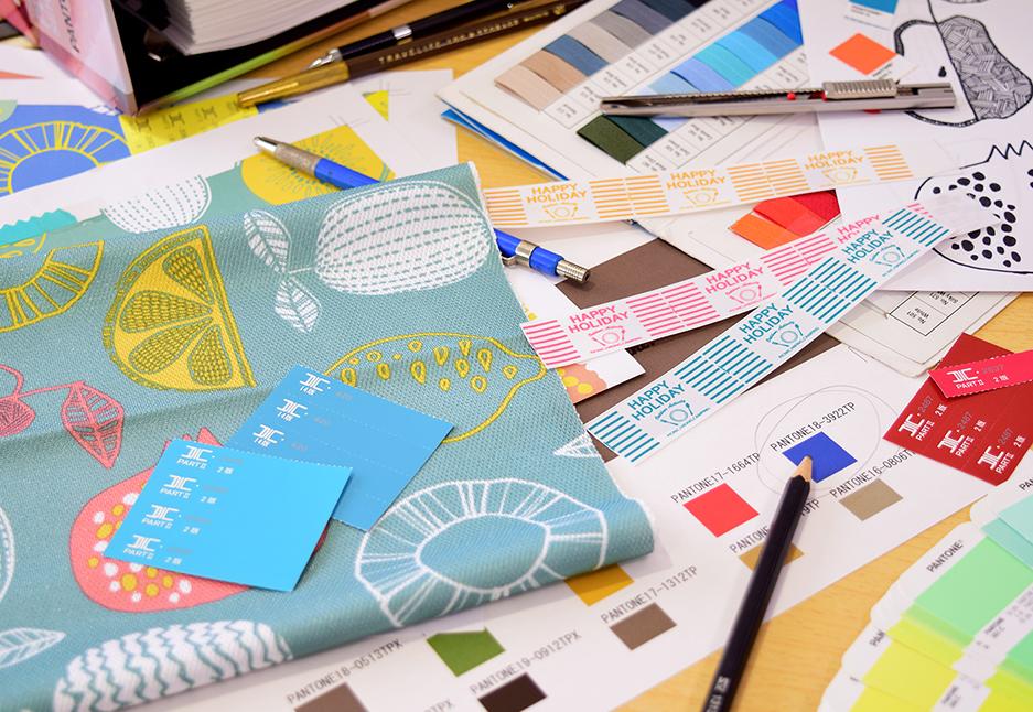 より便利に。より楽しく。使うあなたの不便なことを解決したい。専門のデザイナーが機能やデザインをイチから企画しています。